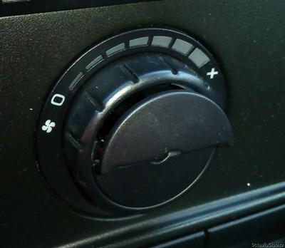 tlacitko climatronik octavia 2