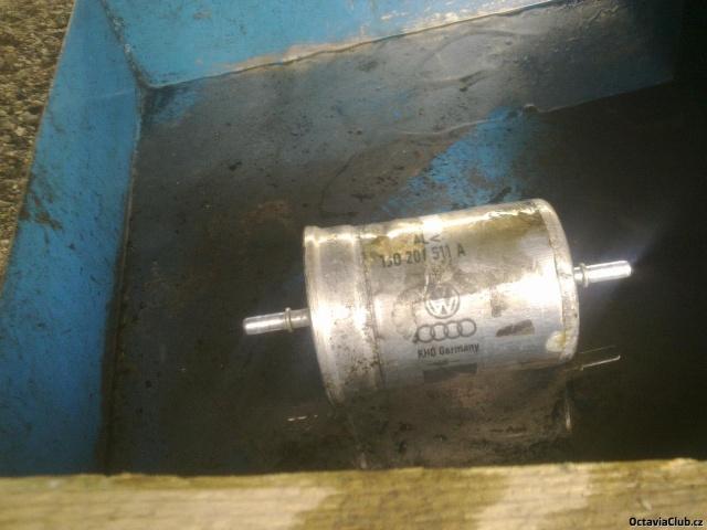 benzin filtr octavia