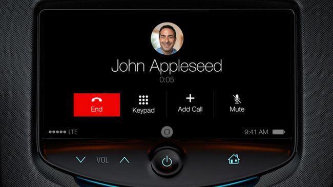 Telefonování prostřednictvím CarPlay