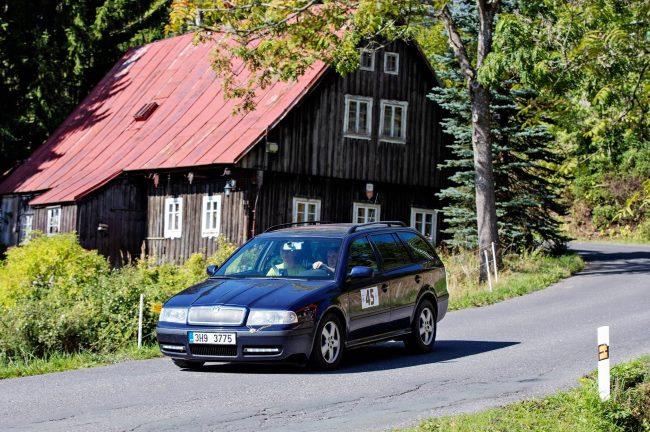 Octavia 1 n závodu Economy Run s minimální spotřebou