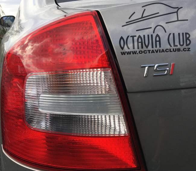 Výměna žárovky zadní světlo Octavia