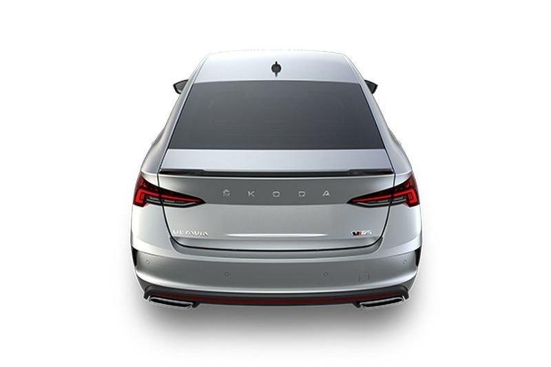 Škoda Octavia 4 infotainment vzhled zezadu RS