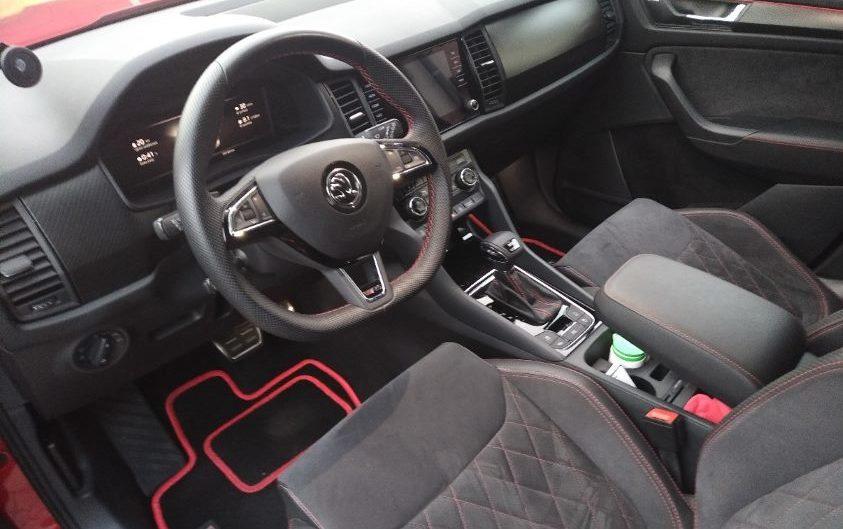 Škoda Kodiaq RS interiér řidiče volnat a sedadlo
